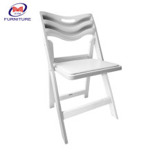 Xinyimei New Style Outdoor Wedding Party Dining Resin Folding Wimbledon Chair 4 Pieces