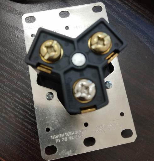 NEMA 10-50R American 50A socket IP20 10 Pieces / Box