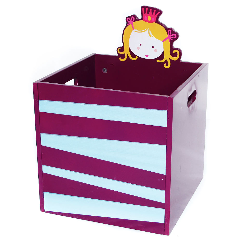 La petite bebe toy box recall, young nudist in shower
