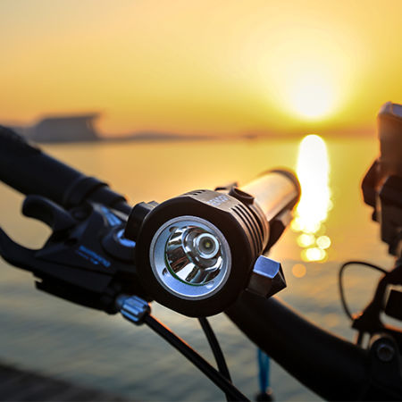 Renogy E.LUMEN Multi-functional Flashlight