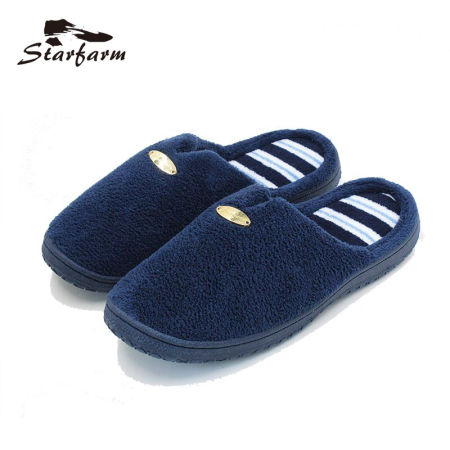 STARFARM 2017 Winter Very Soft Home Slippers Men Indoor Navy Flock Slow Recovery Foam Metal Decoration Rubber Slippers