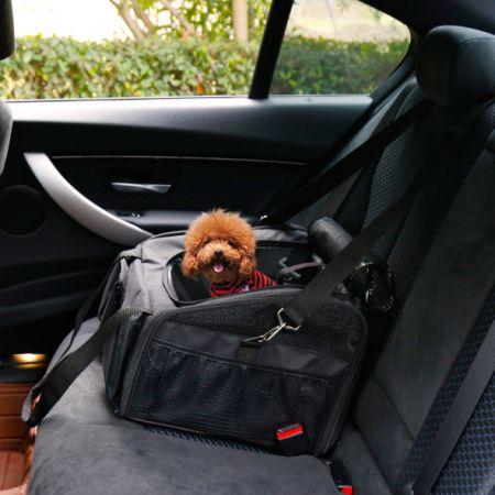Kinbor Pet Car Seat Carrier For Dog Cat Lookout Booster Black