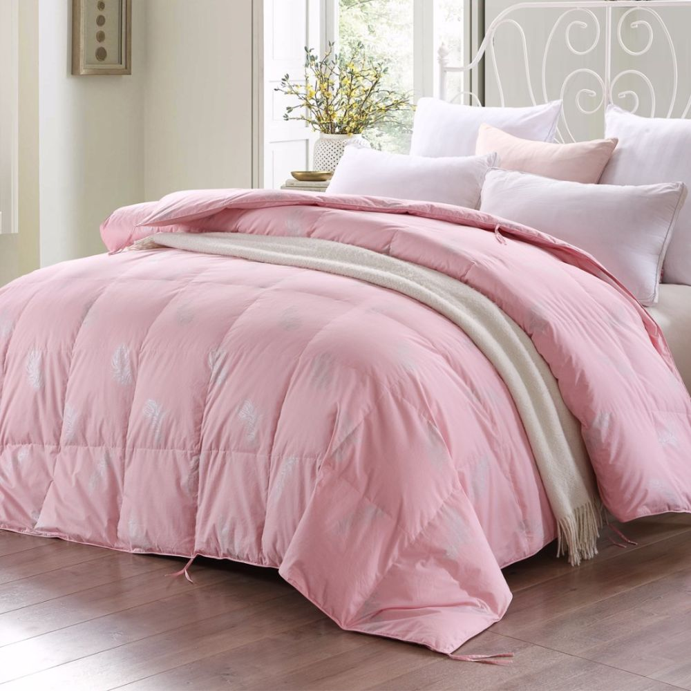 keeping comforter for down tips clean dsc fluffy your