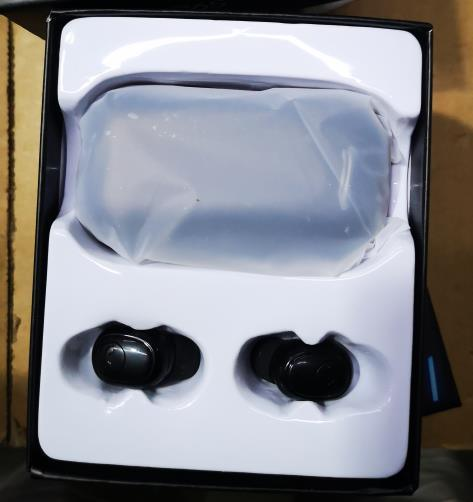 WIRELESS EARBUDS WITH BLUETOOTH 5.0