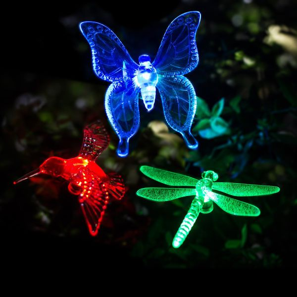 GIGALUMI Solar Garden Lights Outdoor   3 Packs Solar Stake Lights  Multi Color Changing LED
